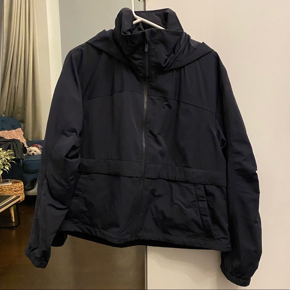Lululemon waterproof navy jacket 10